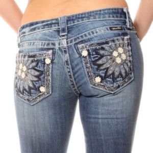 Miss Me JP5721B sunflower cut off jeans capri 27